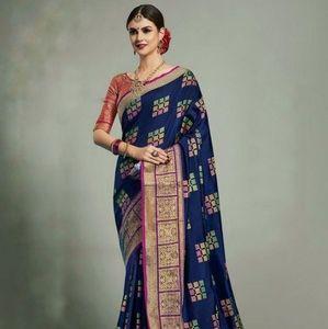 Other - Semi silk soft saree
